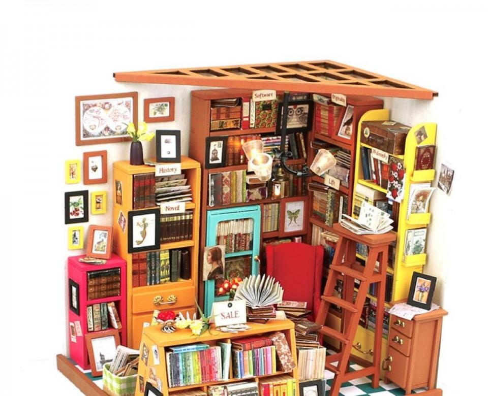 Кабинет (Библиотека)