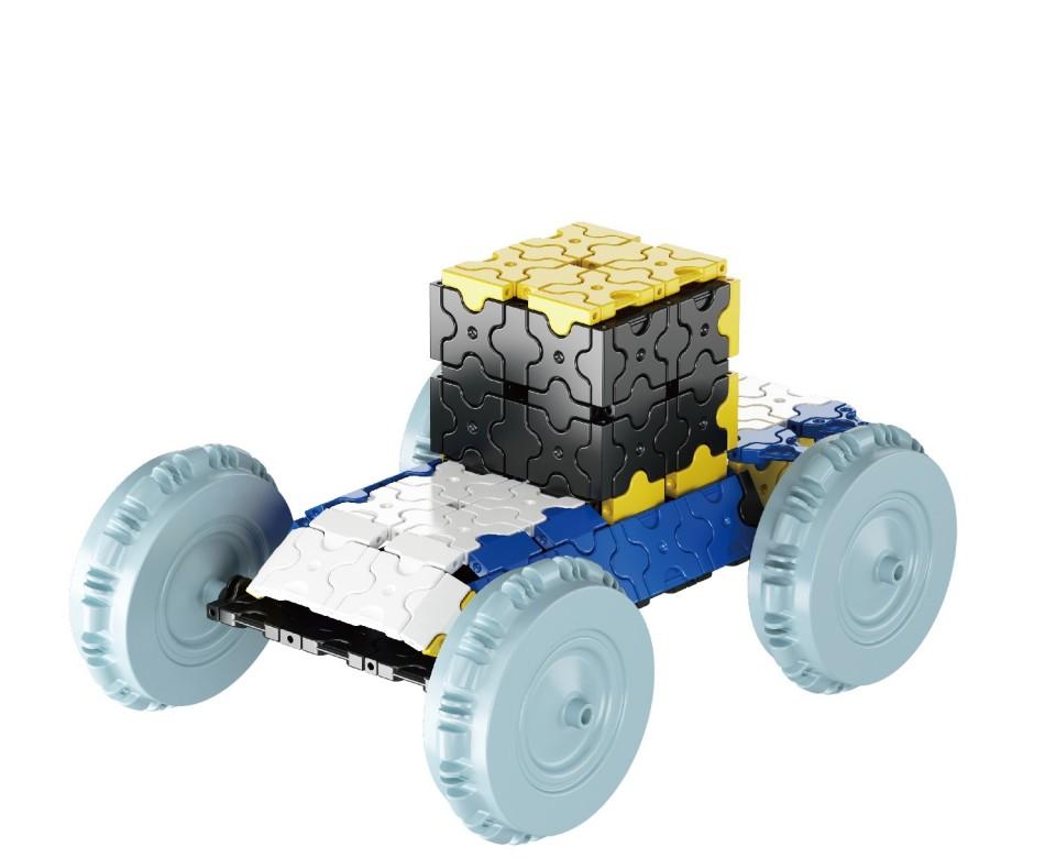 Конструктор пластиковый Машинка